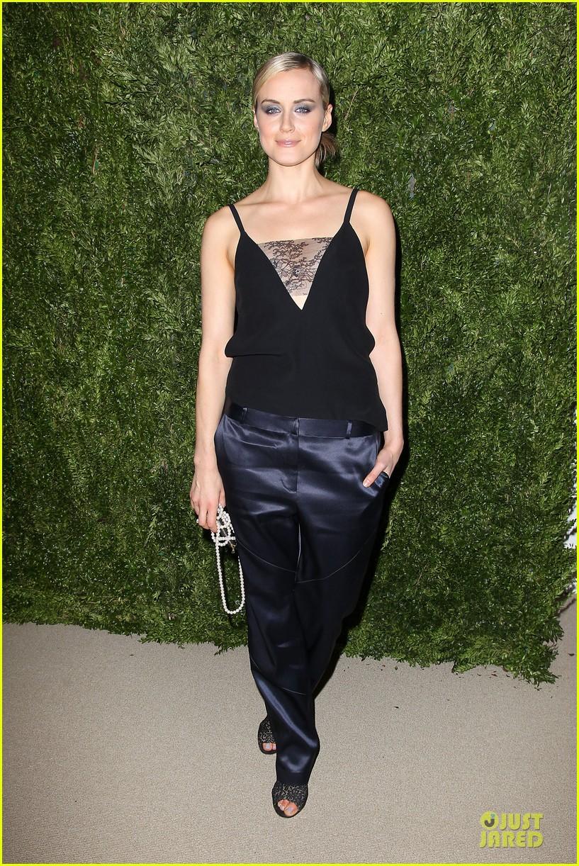ashley olsen julianne moore cfda fashion fund finalists celebration 112990879