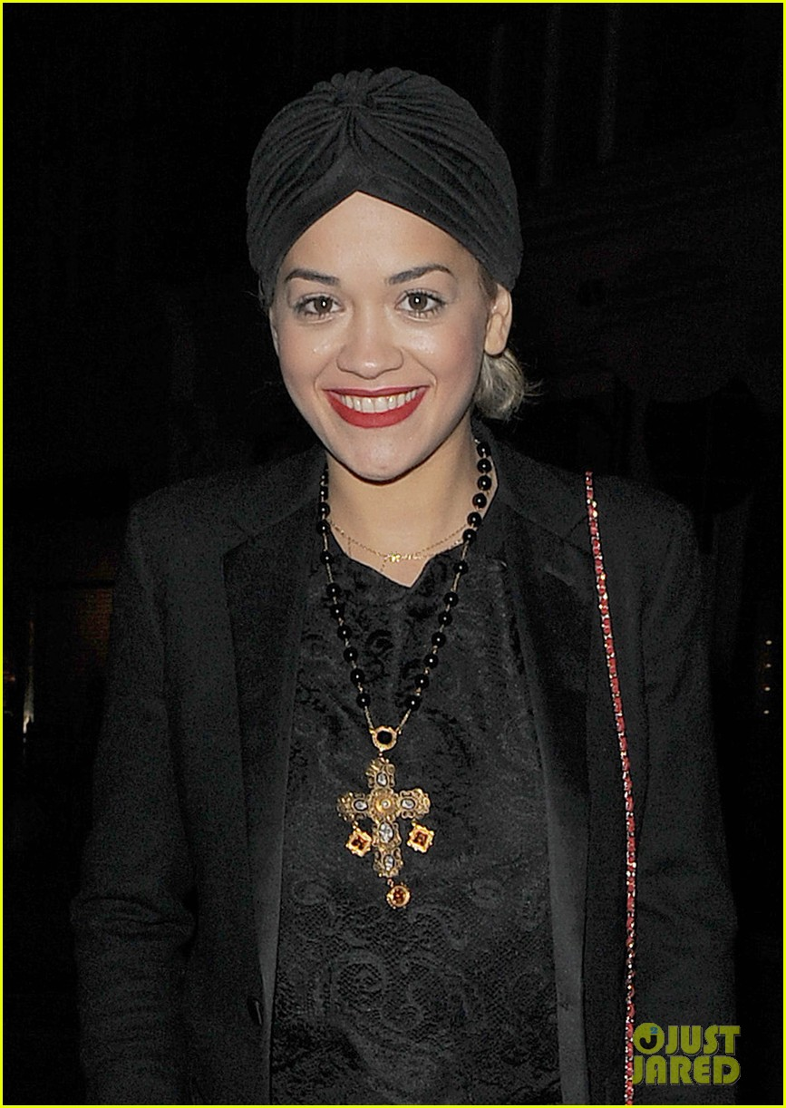 rita ora doesnt know what she would do without family 103002133