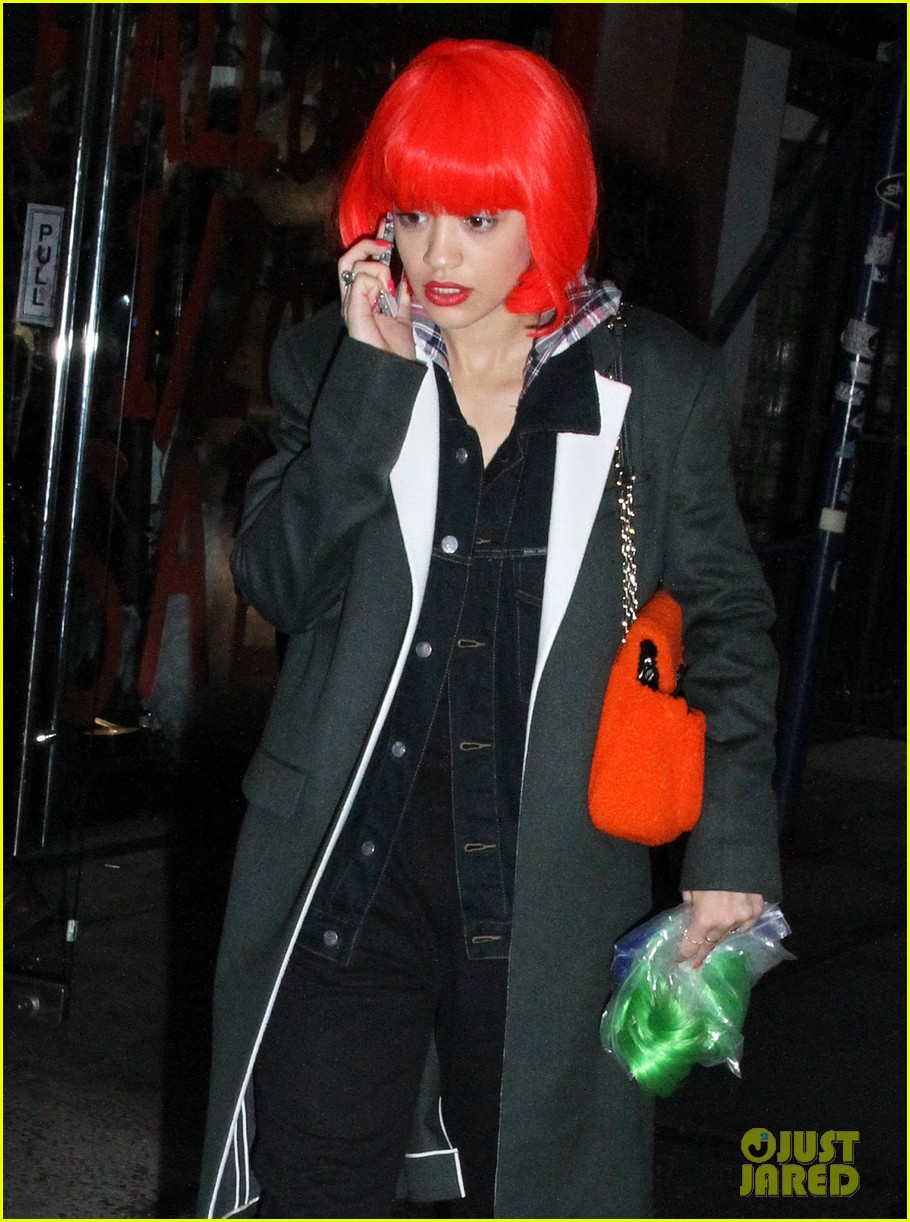 rita ora wears red wig for halloween in new york city 192983950