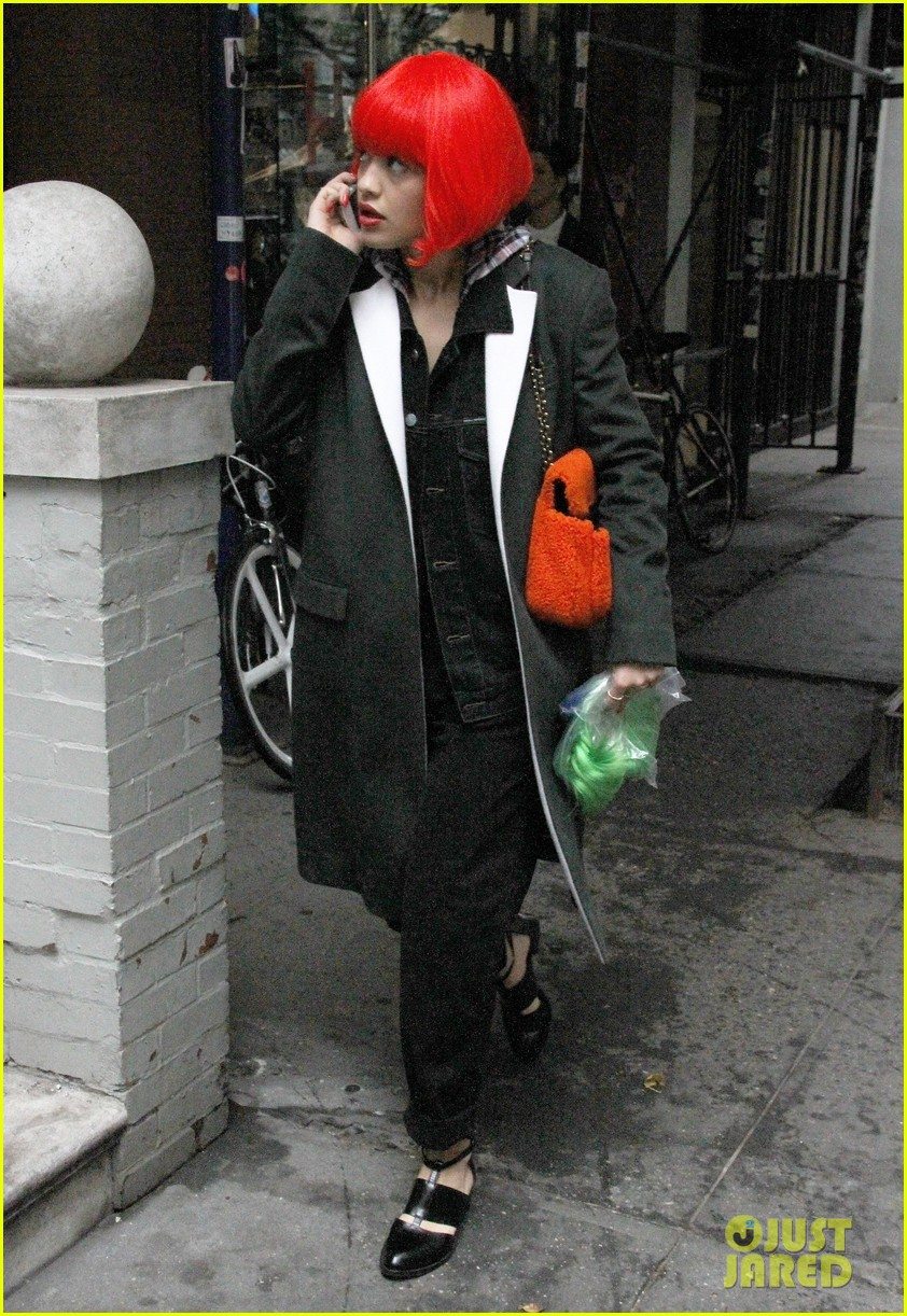 rita ora wears red wig for halloween in new york city 202983951