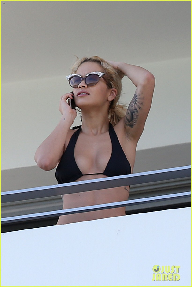 rita ora relaxes in her bikini after health scare 102996616