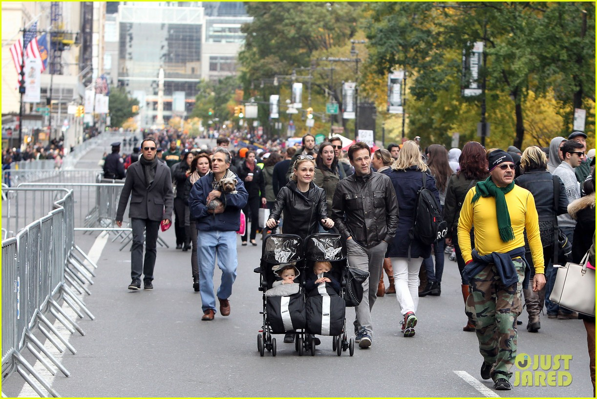 anna paquin stephen moyer check out nyc marathon 032986063