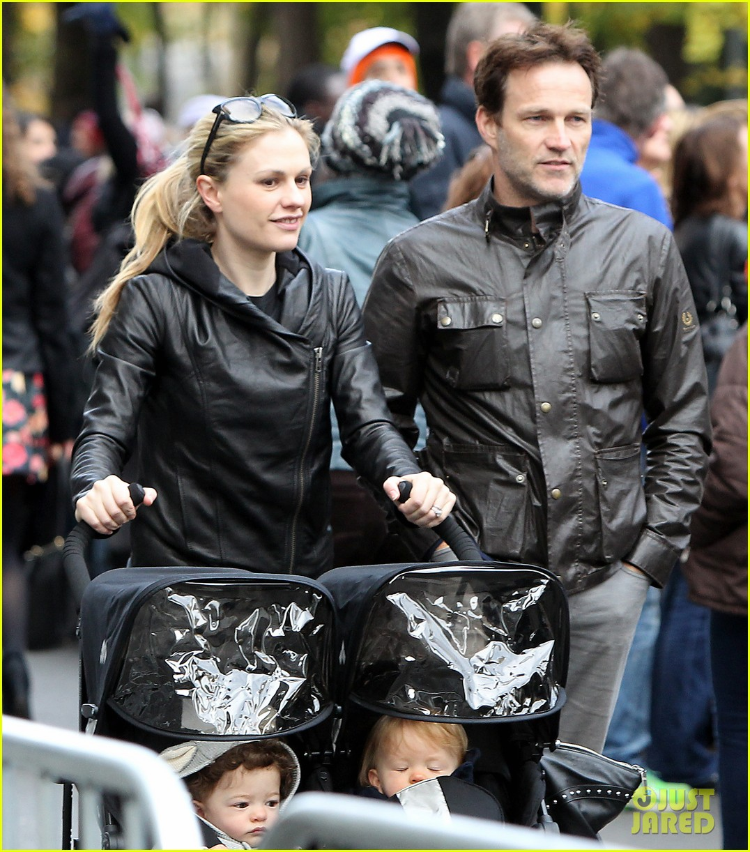 anna paquin stephen moyer check out nyc marathon 042986064