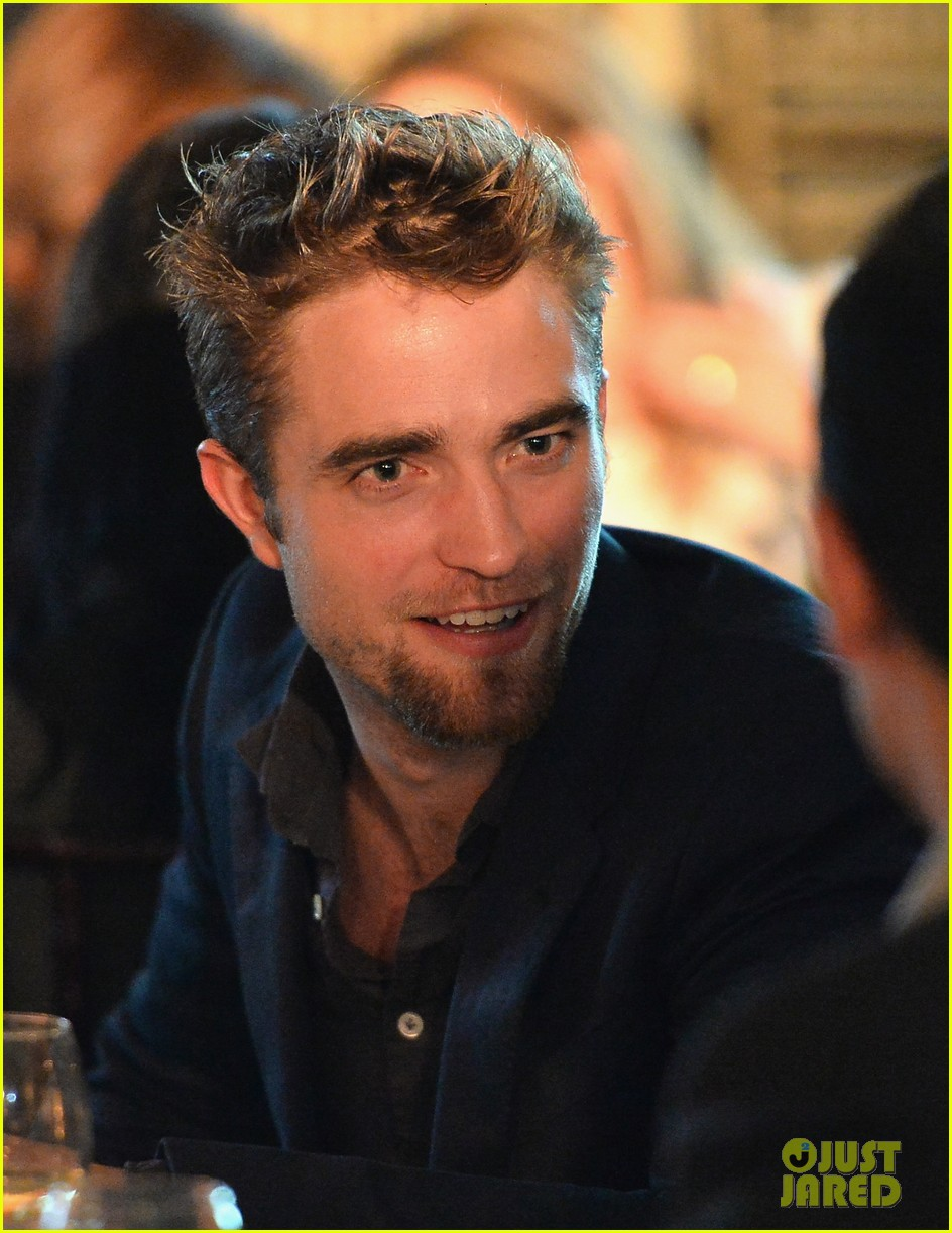robert pattinson shows off new goatee at go go gala 112993275