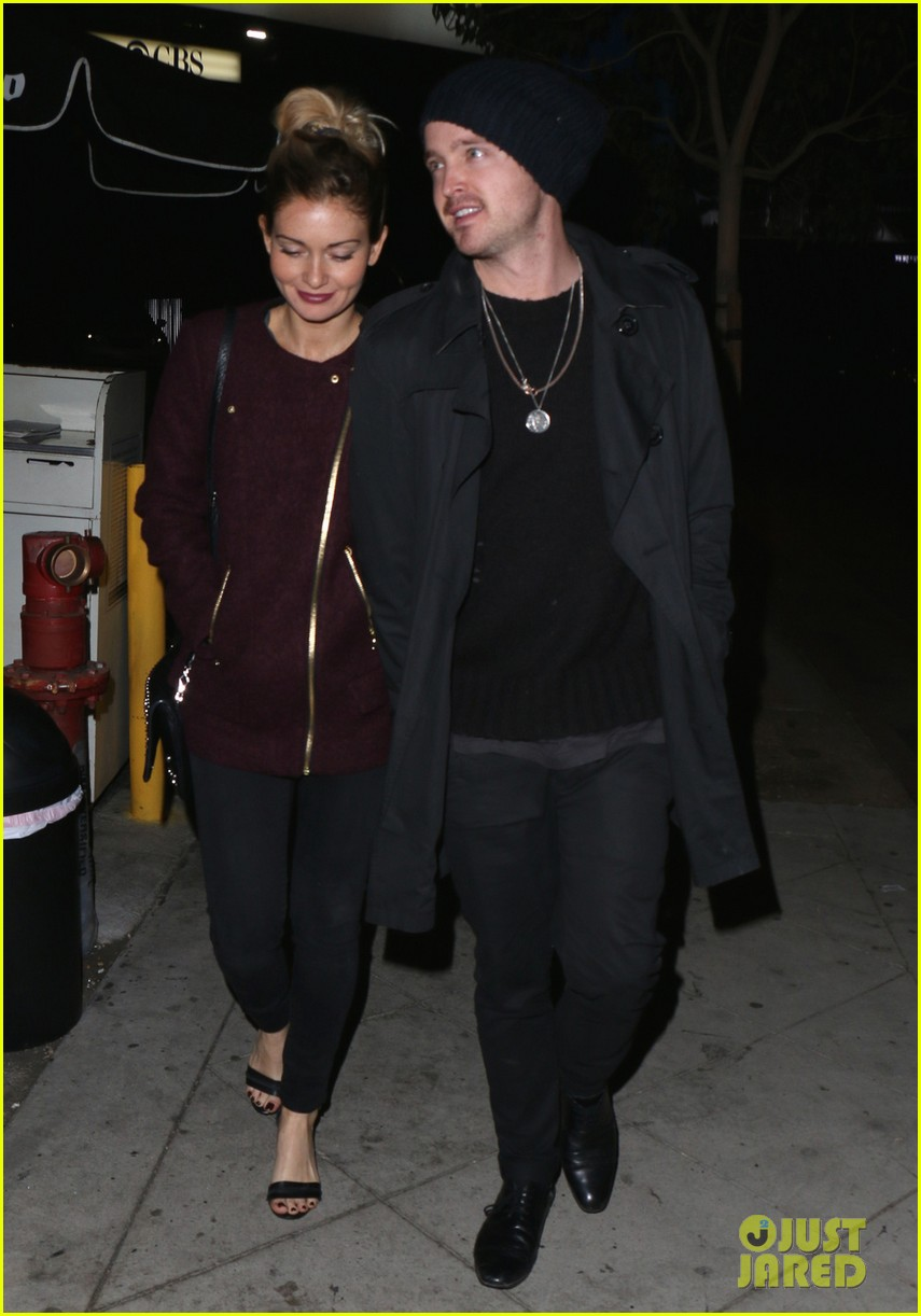 aaron paul lauren parsekian enjoy date night in hollywood 052986011