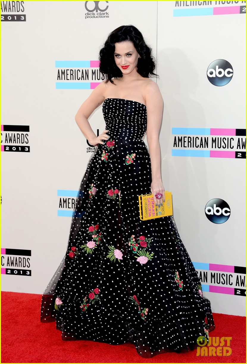 katy perry amas 2013 red carpet 052999201