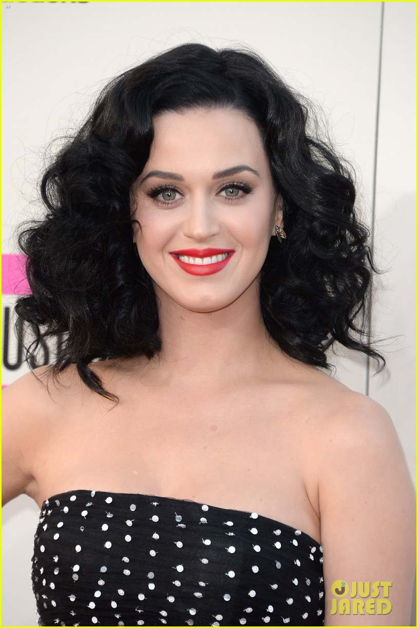 katy perry amas 2013 red carpet 082999204