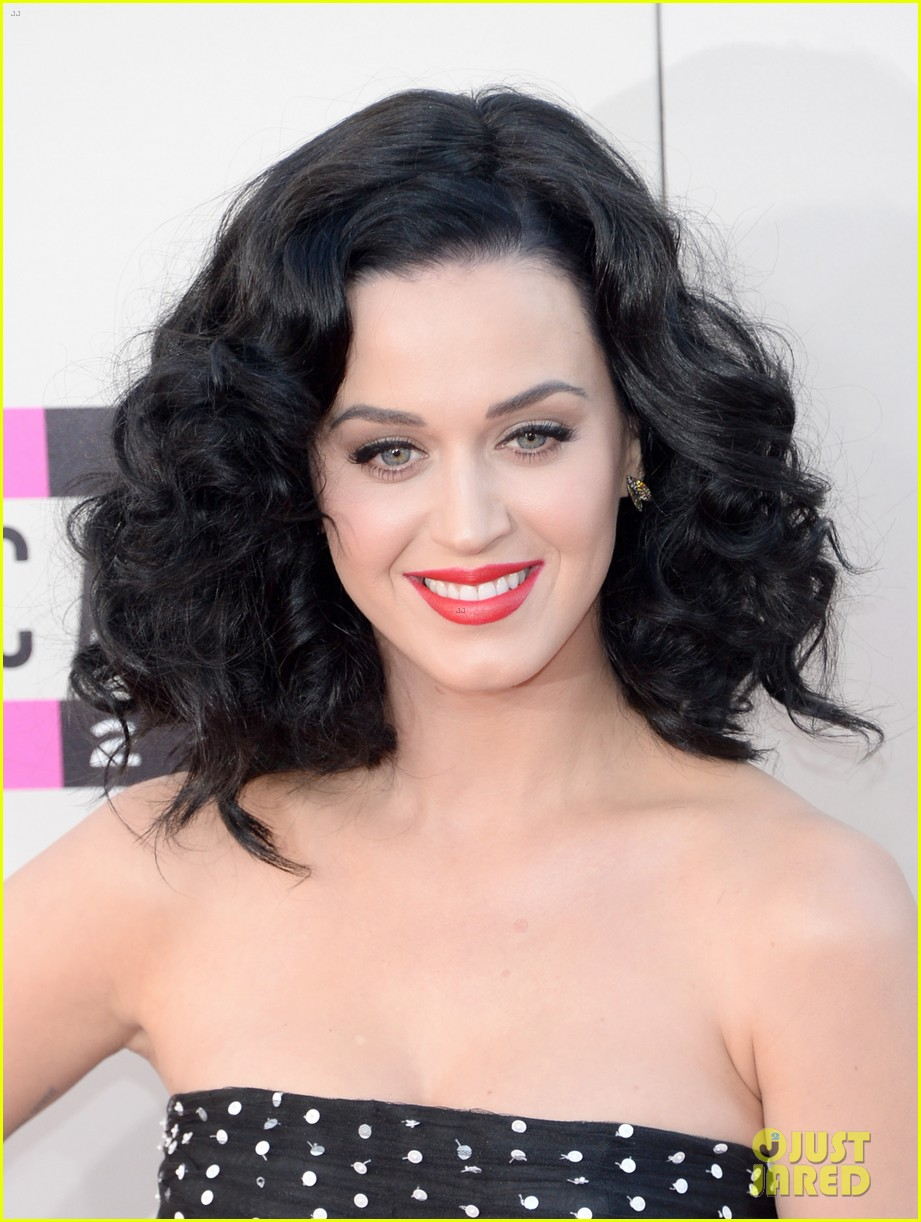 katy perry amas 2013 red carpet 21