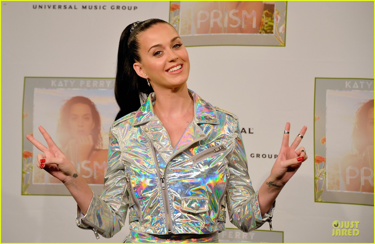 katy perry set to open american music awards 042993558