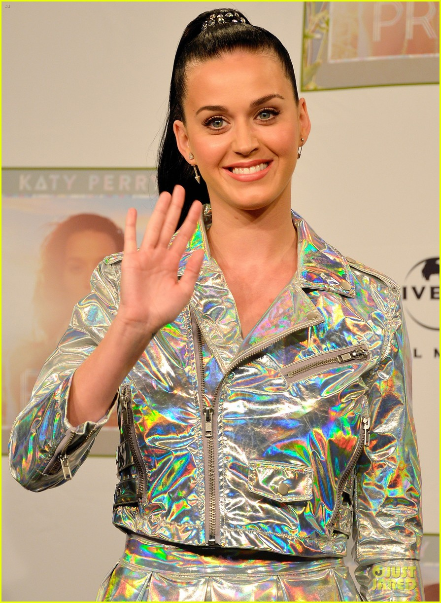 katy perry set to open american music awards 062993560