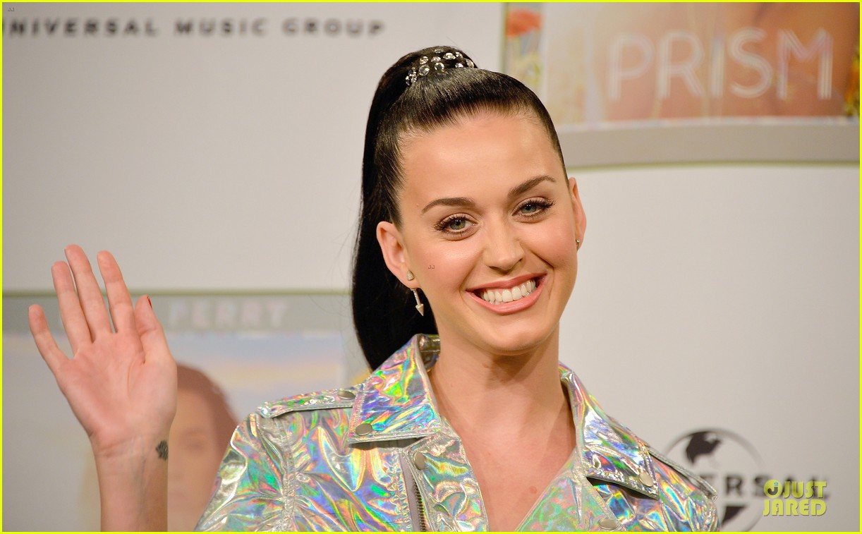 katy perry set to open american music awards 082993562