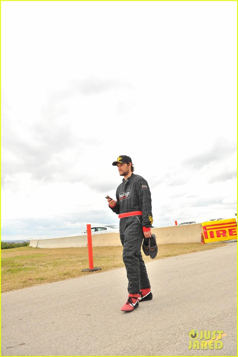 alex pettyfer env group formula 1 weekend with dad richard 082995418