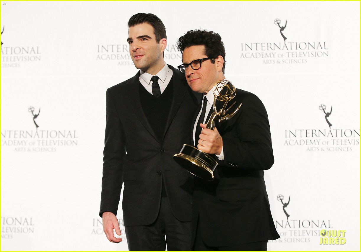 zachary quinto honors jj abrams at international emmys 13