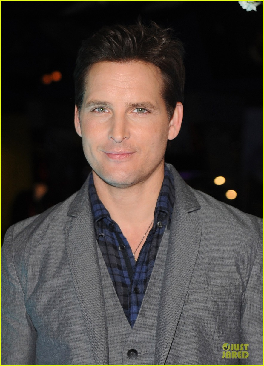 nikki reed peter facinelli twilight experience exhibit launch 072986214