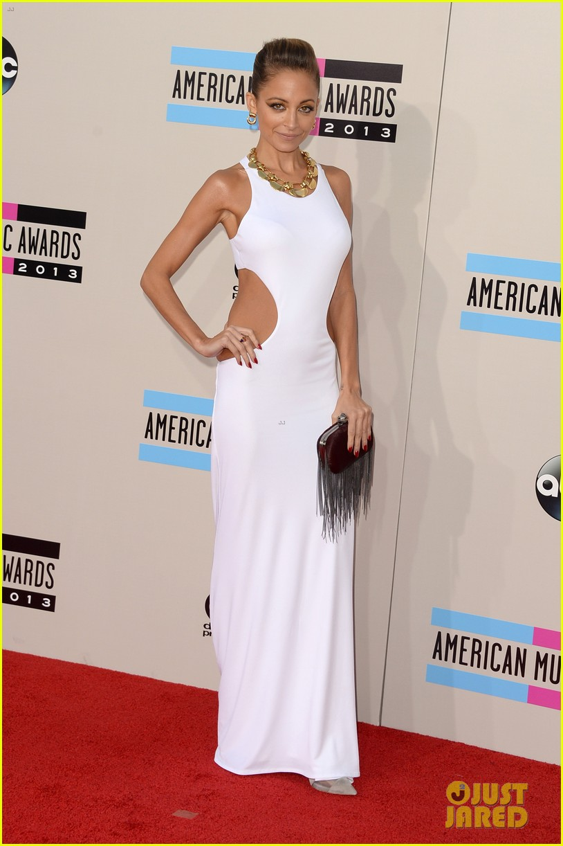 nicole richie heidi klum amas 2013 red carpet 142999353