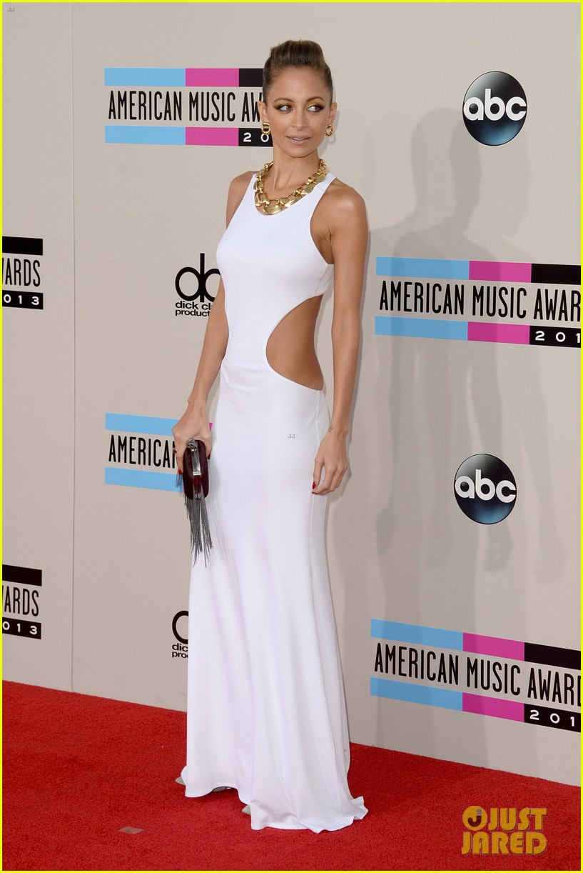 nicole richie heidi klum amas 2013 red carpet 212999360