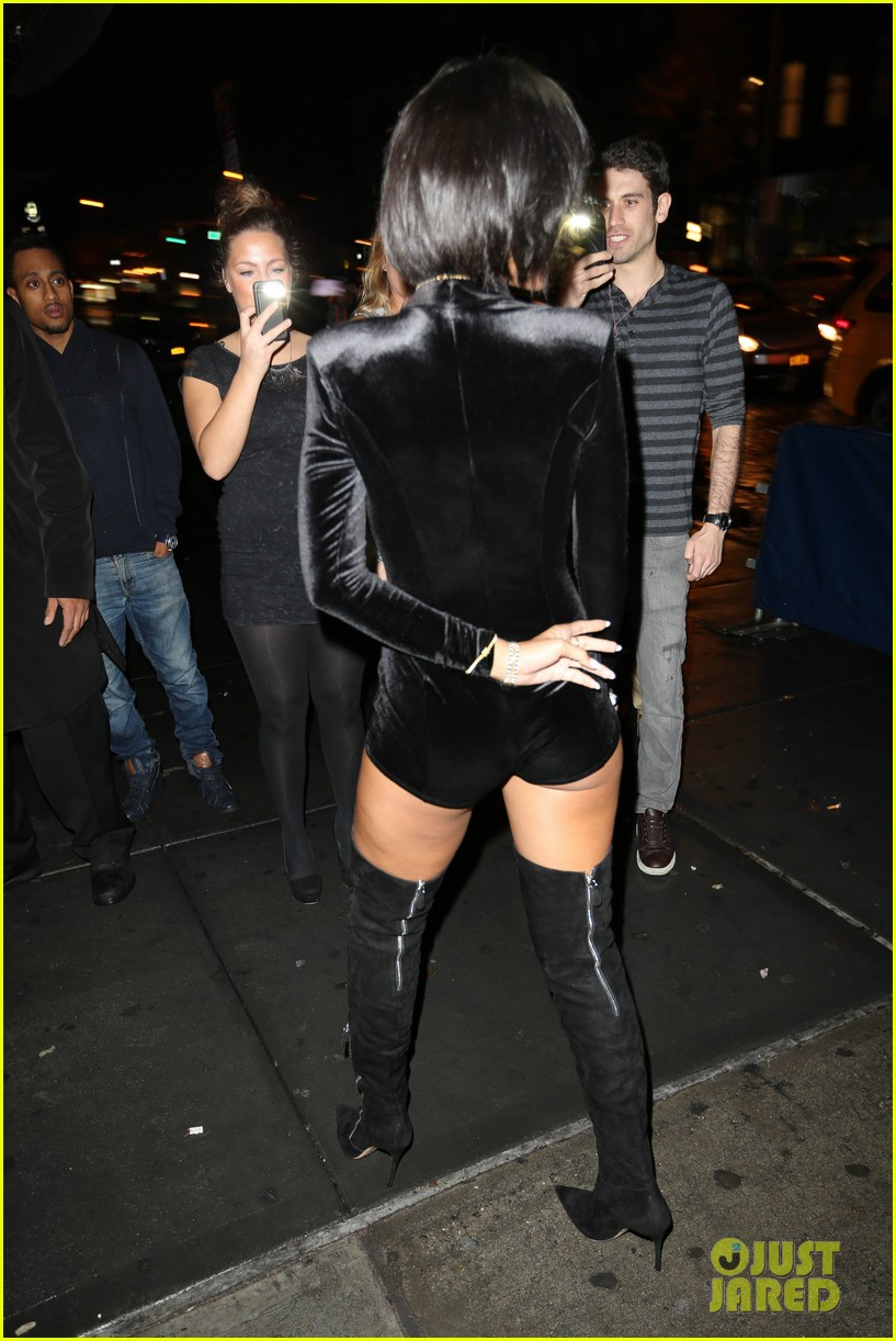 ihanna rocks new hair for night out in nyc 112995239
