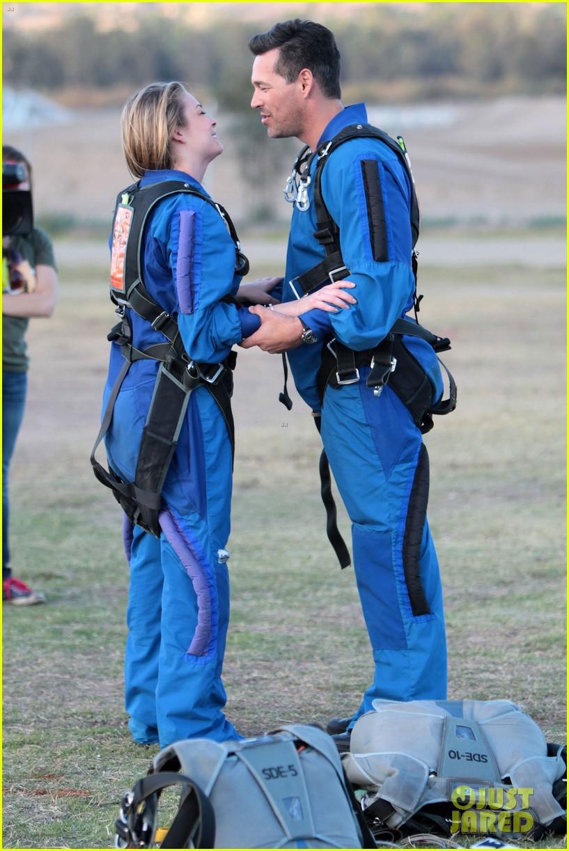 leann rimes eddie cibrian skydive elsinore couple 022990943