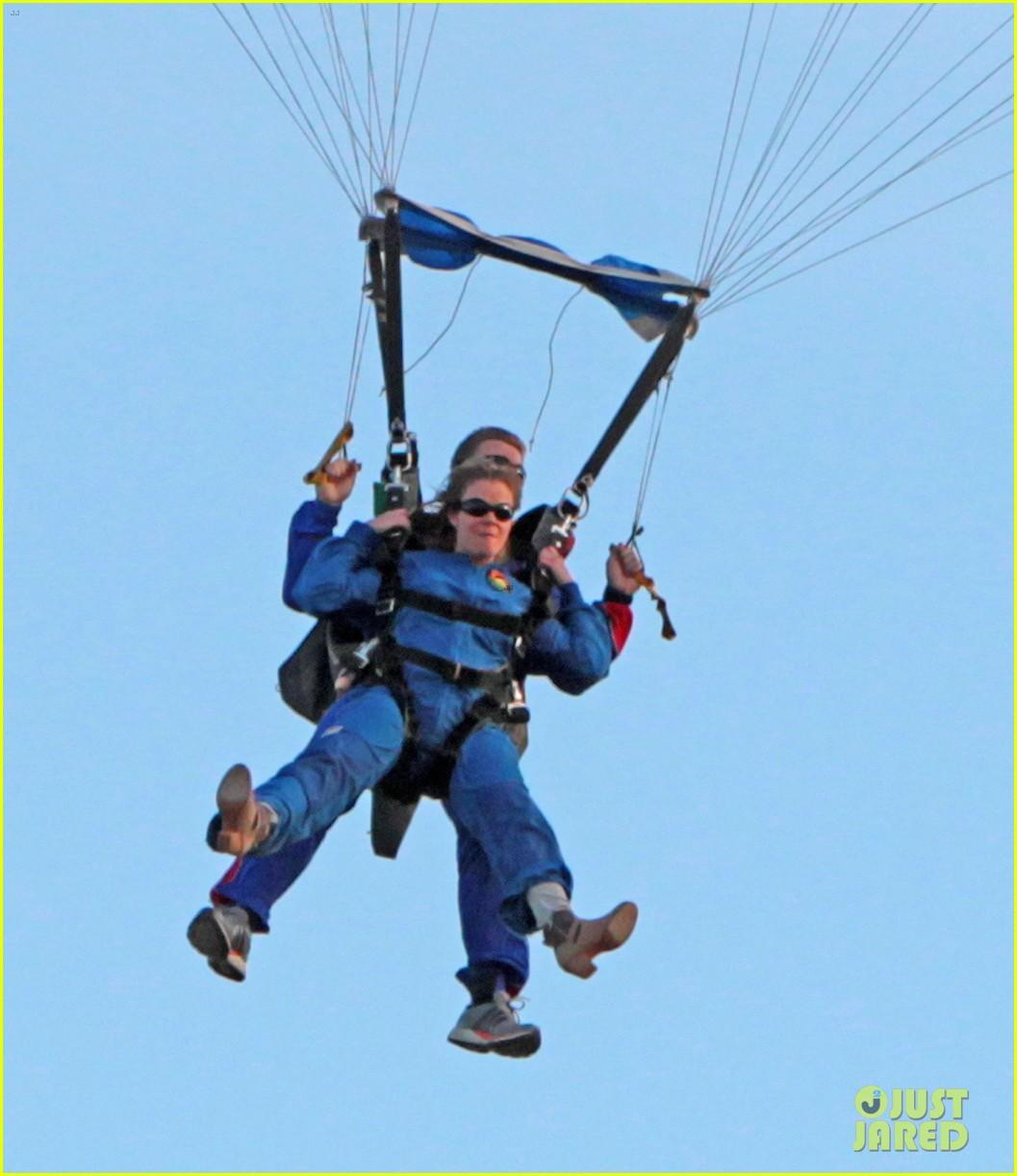 leann rimes eddie cibrian skydive elsinore couple 082990949
