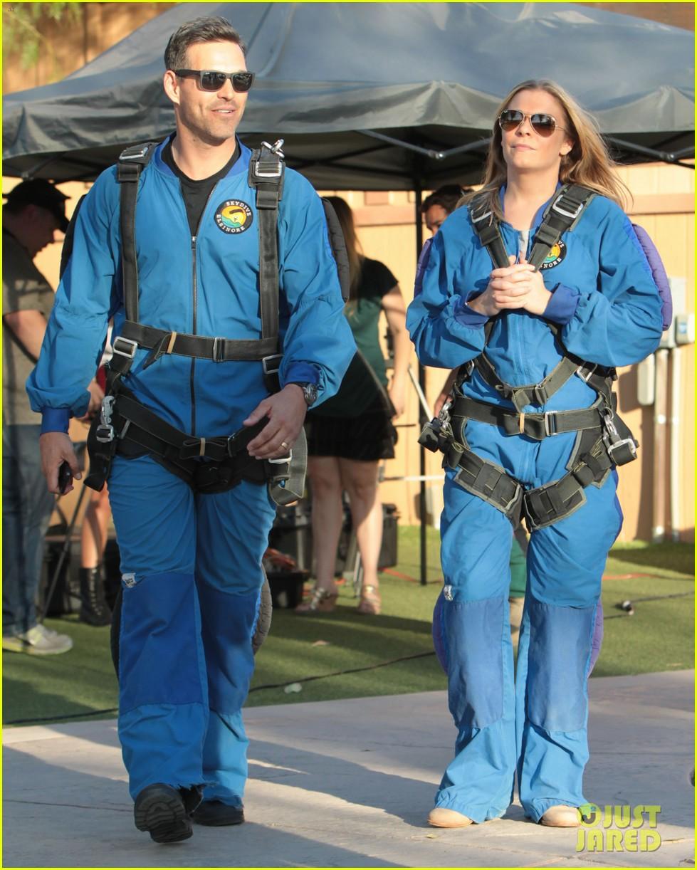 leann rimes eddie cibrian skydive elsinore couple 142990955