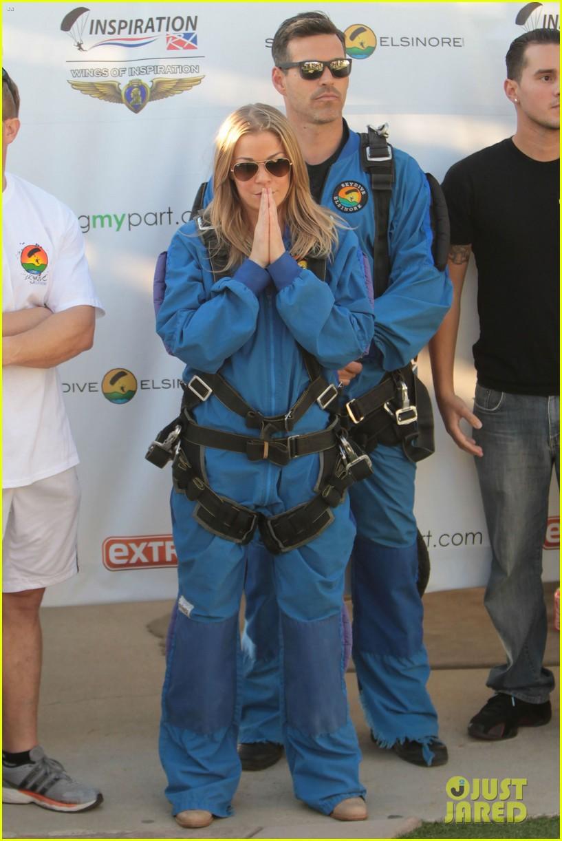 leann rimes eddie cibrian skydive elsinore couple 172990958