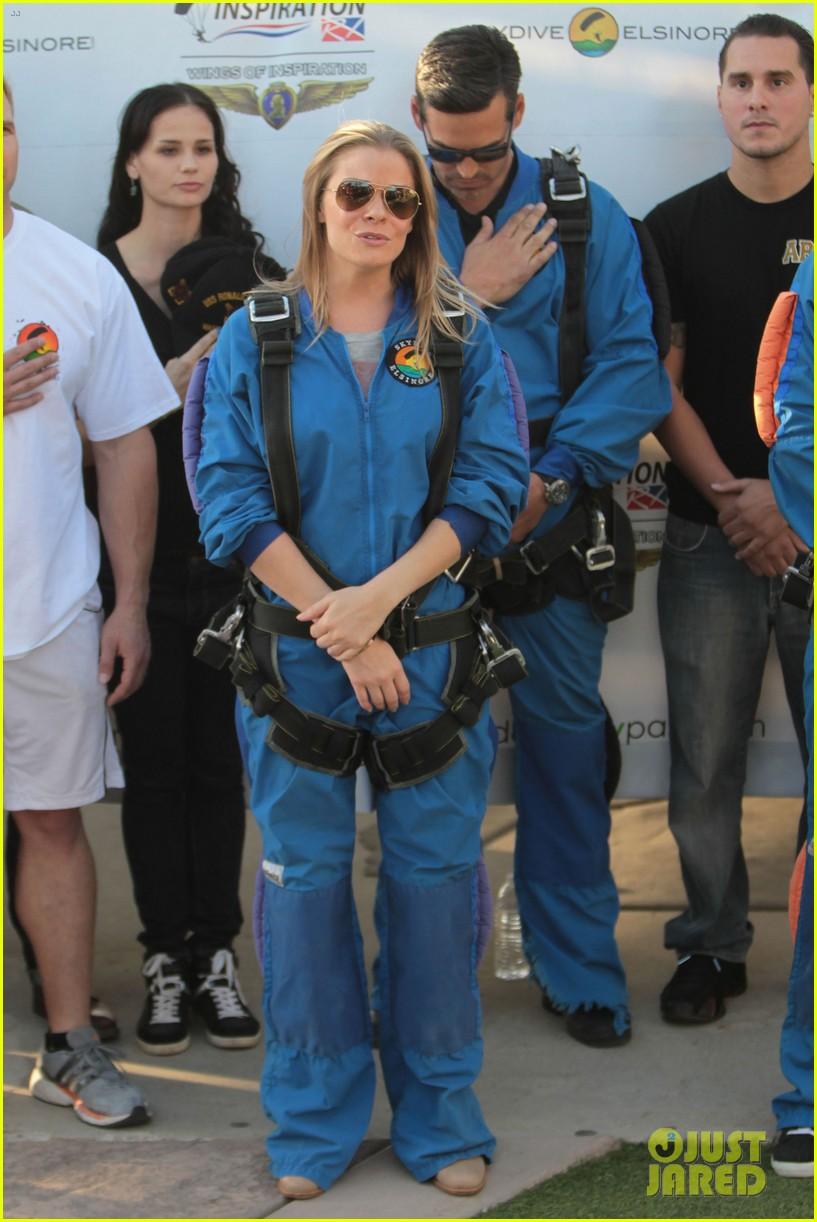leann rimes eddie cibrian skydive elsinore couple 202990961