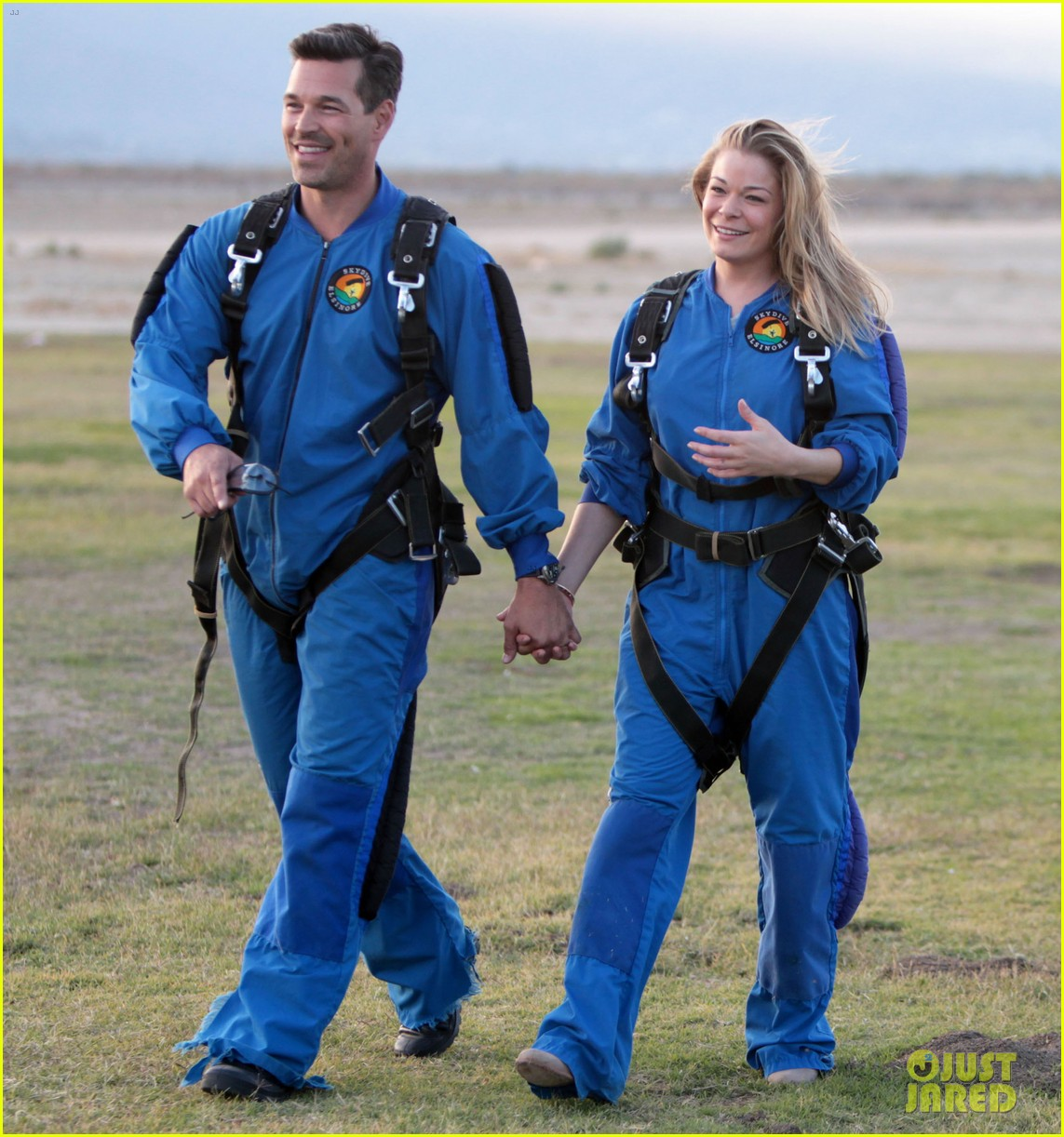 leann rimes eddie cibrian skydive elsinore couple 212990962