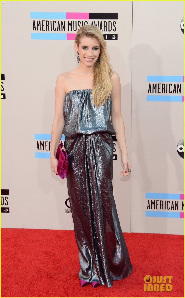 emma roberts amas 2013 red carpet 072999288