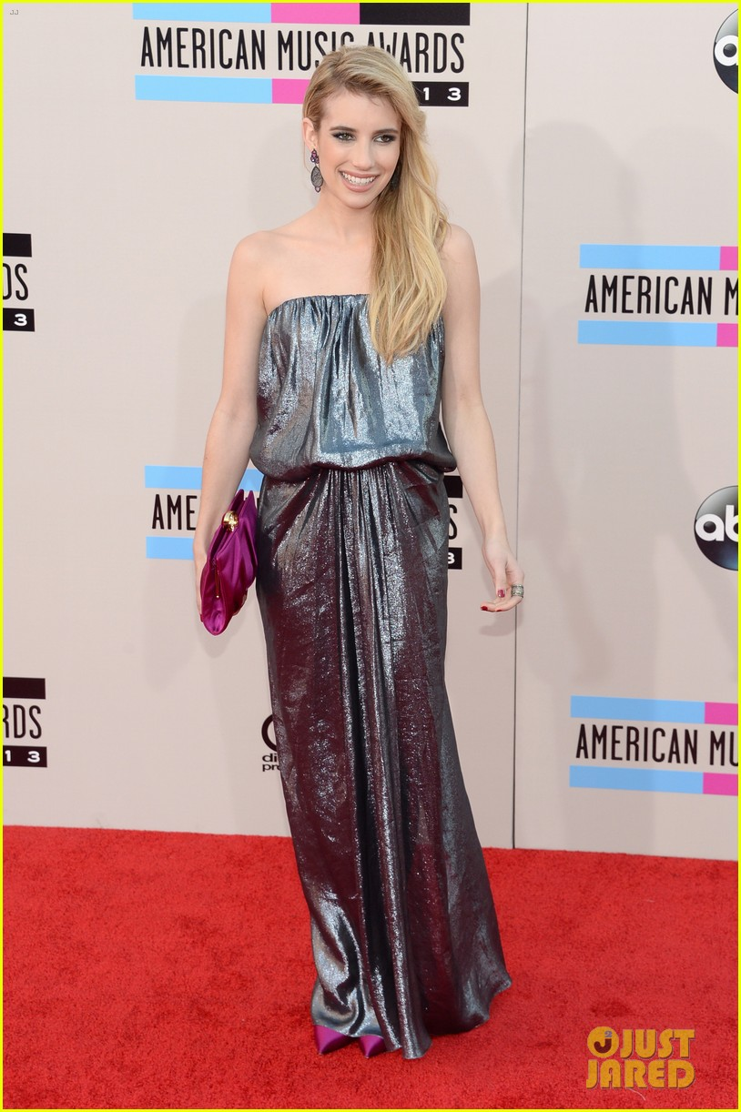 emma roberts amas 2013 red carpet 092999290