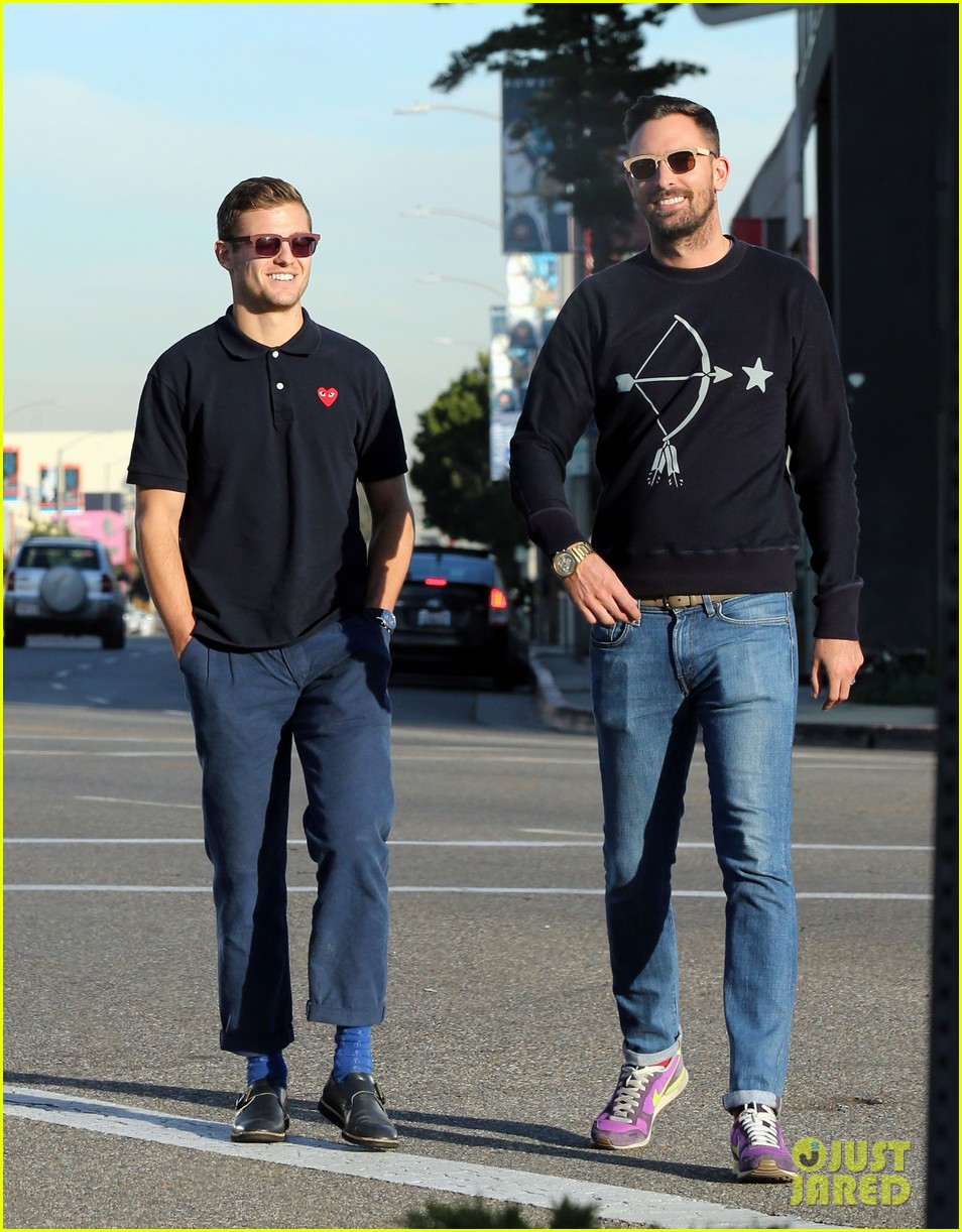 robbie rogers pics up suit before thanksgiving 133001311