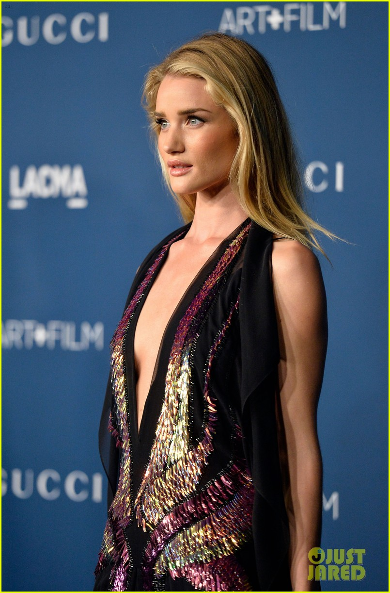 rosie huntington whiteley jeremy renner lacma gala 2013 122985446