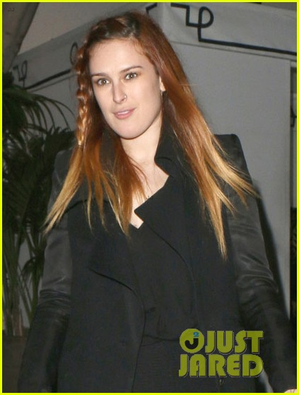 rumer willis steps out after hawaii five 0 appearance 042985554