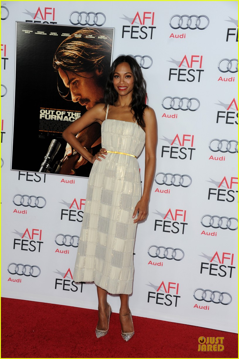 zoe saldana out of the furnace hollywood screening 012989452