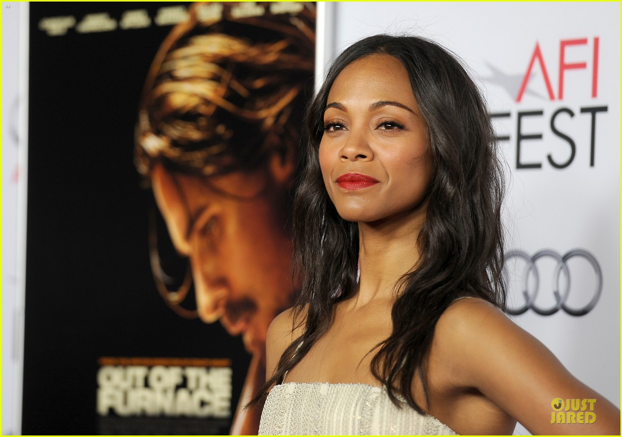 zoe saldana out of the furnace hollywood screening 212989472