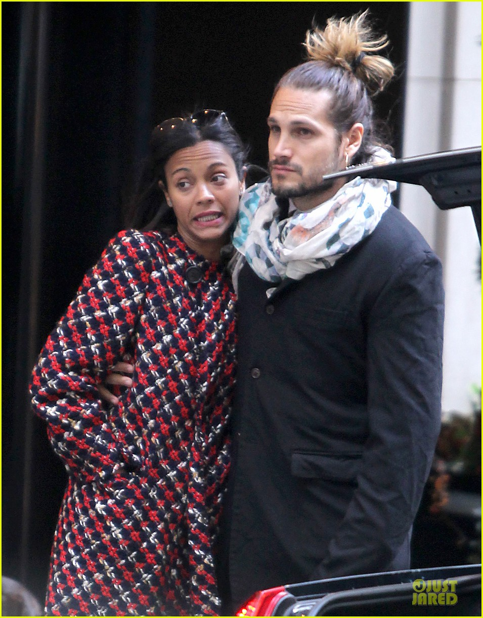 zoe saldana kisses marco perego after face tattoo flash 092988704