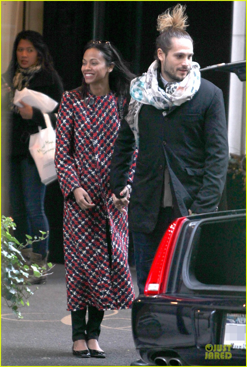 zoe saldana kisses marco perego after face tattoo flash 122988707