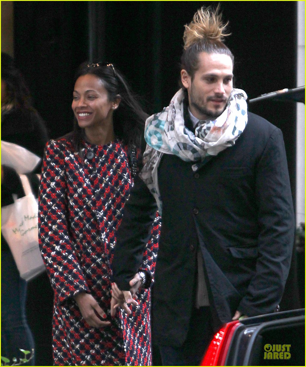 zoe saldana kisses marco perego after face tattoo flash 132988708