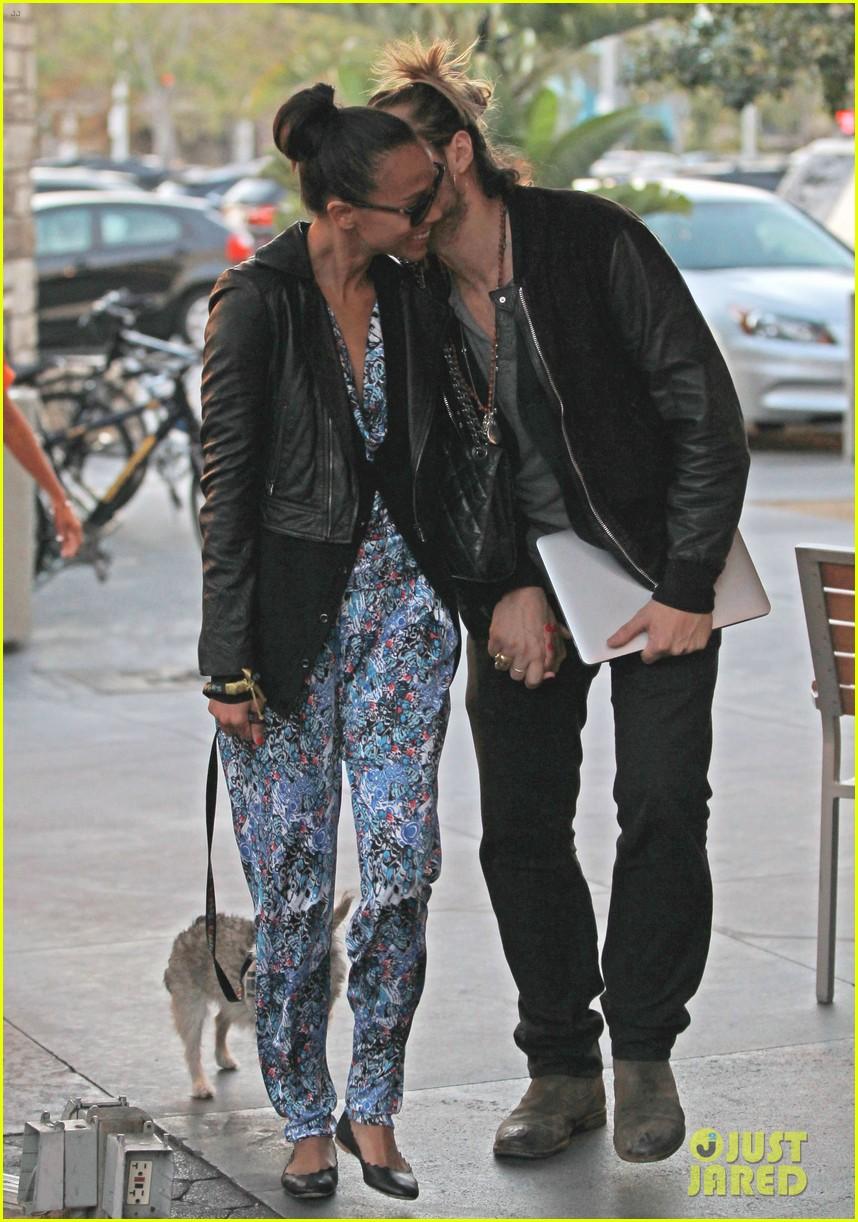 zoe saldana marco perego hold hands look so in love 152984004