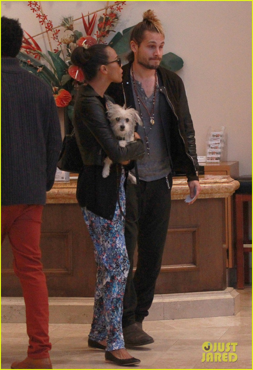zoe saldana marco perego hold hands look so in love 232984012