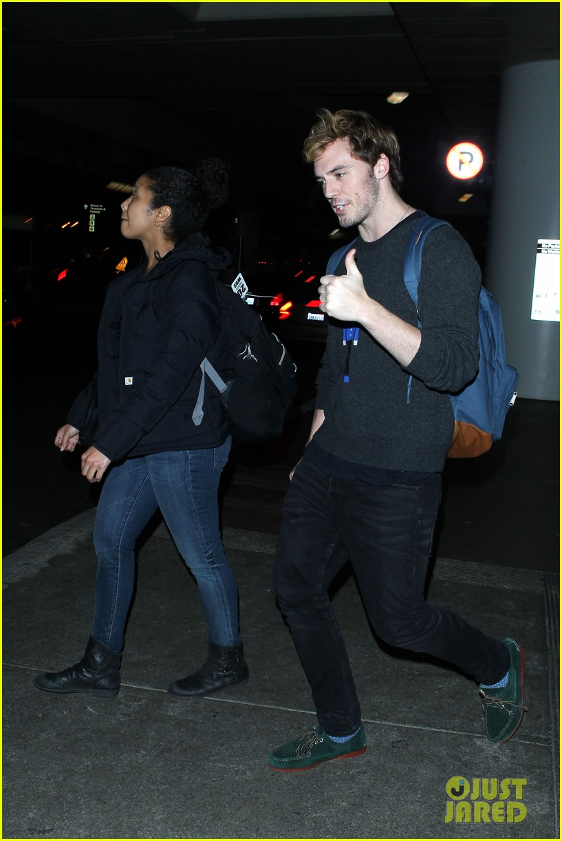 sam claflin jena malone wrap up catching fire victory tour in texas 342987901