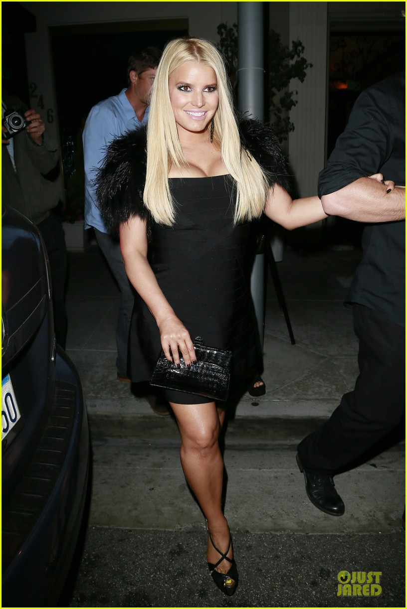 jessica simpson eric johnson halloween date with ashlee 012984961