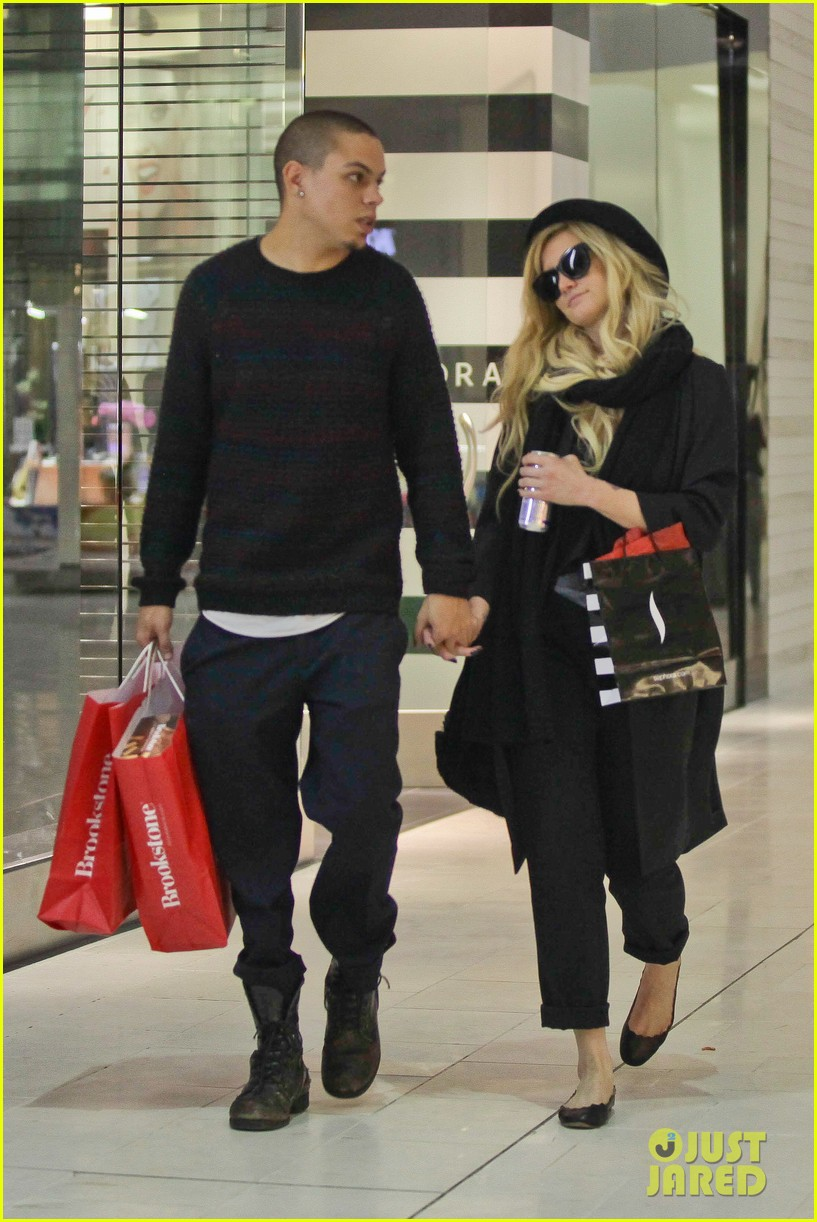 ashlee simpson is the one says boyfriend evan ross 022996478