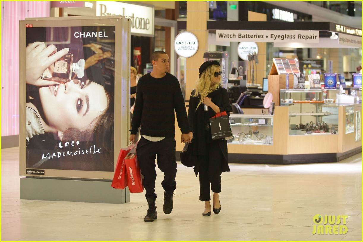 ashlee simpson is the one says boyfriend evan ross 06