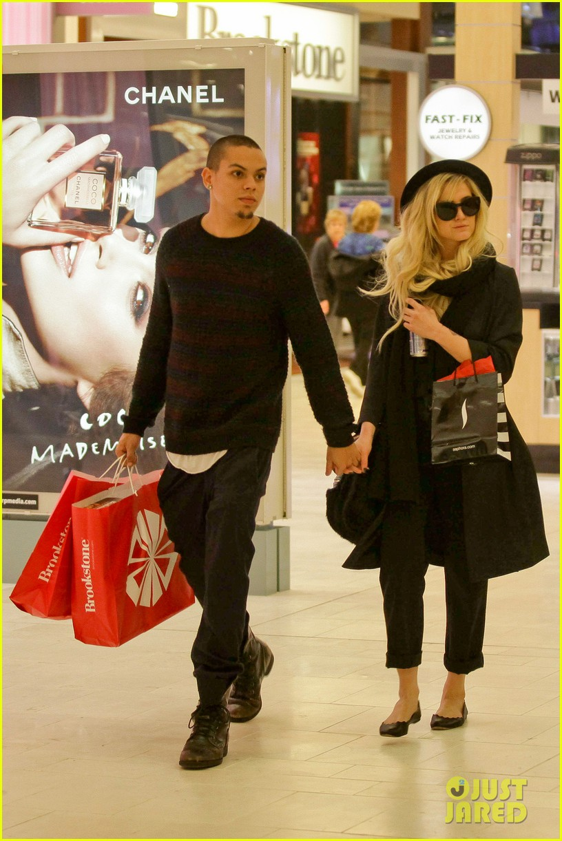 ashlee simpson is the one says boyfriend evan ross 122996488