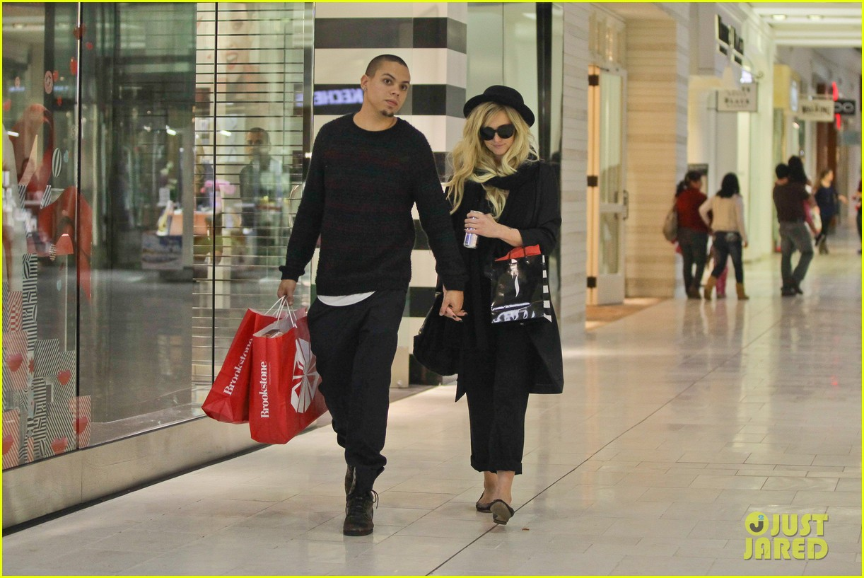 ashlee simpson is the one says boyfriend evan ross 132996489