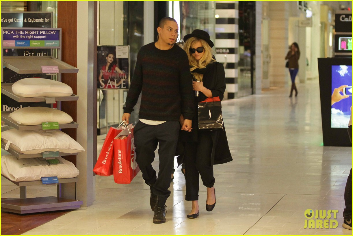 ashlee simpson is the one says boyfriend evan ross 172996493