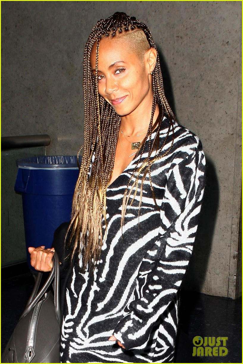jada pinkett smith long braided hair zeba print at lax 01