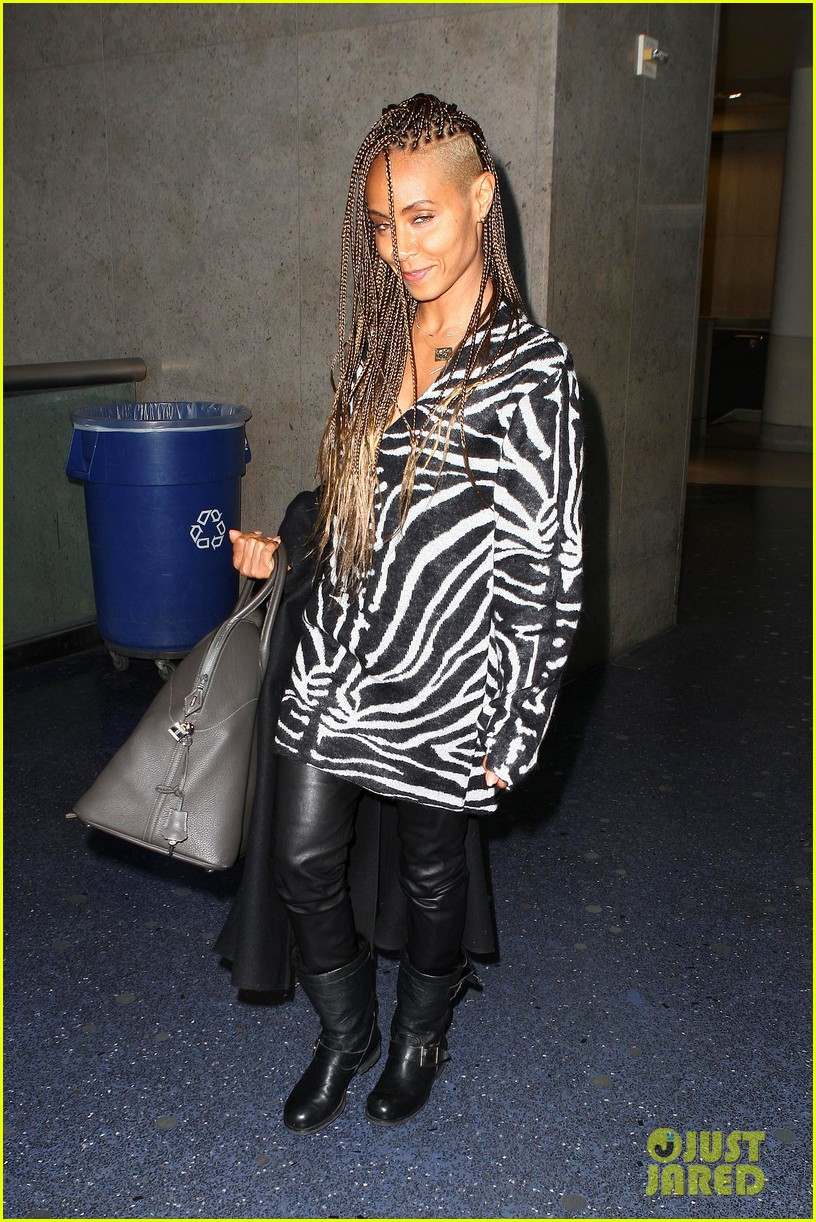 jada pinkett smith long braided hair zeba print at lax 082993246