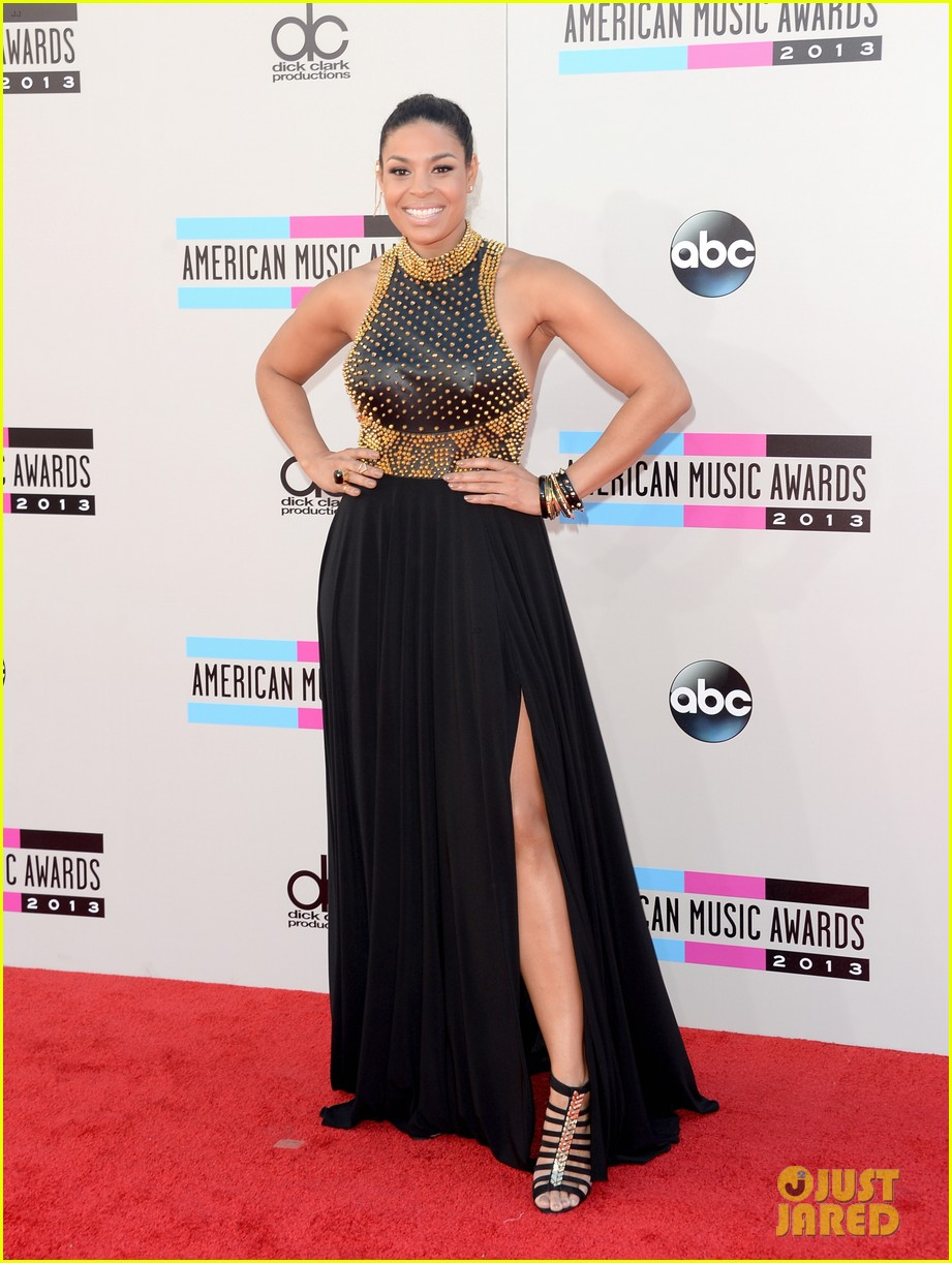 jordin sparks american music awards 2013 red carpet 082999154