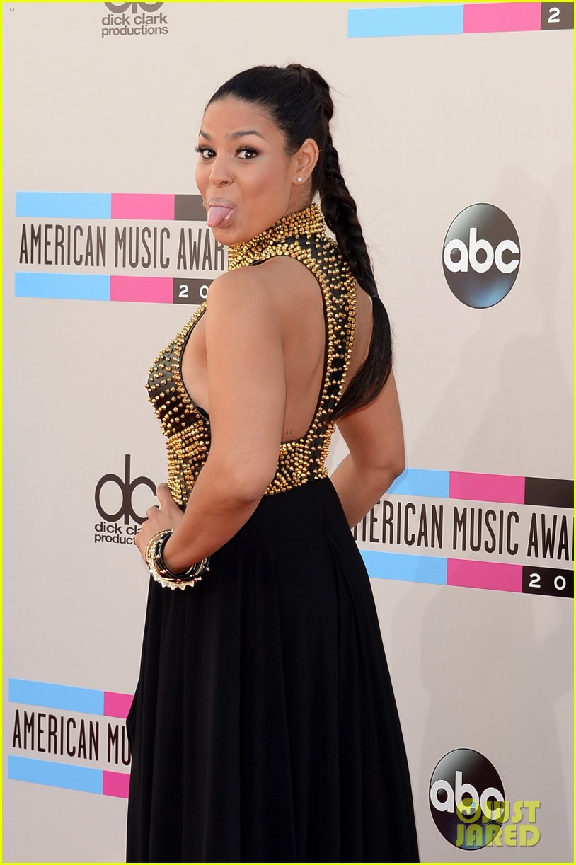 jordin sparks american music awards 2013 red carpet 092999155